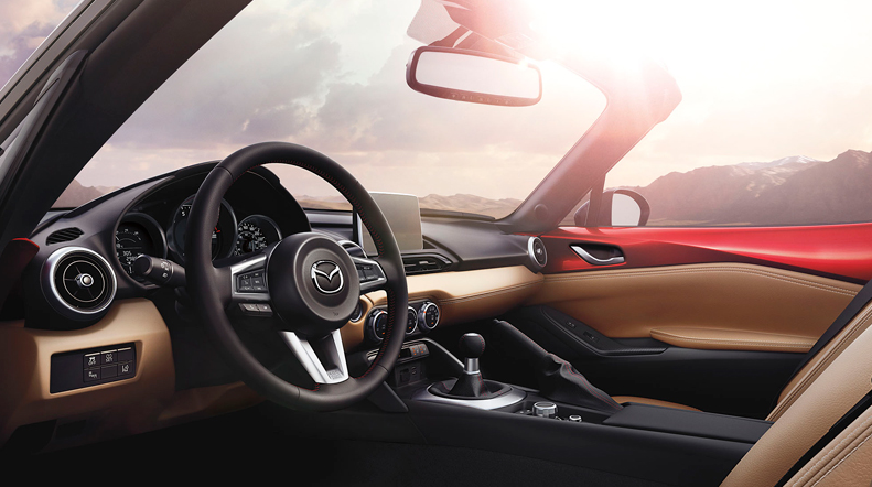 2016 Mazda MX-5 GS Interior Dashboard